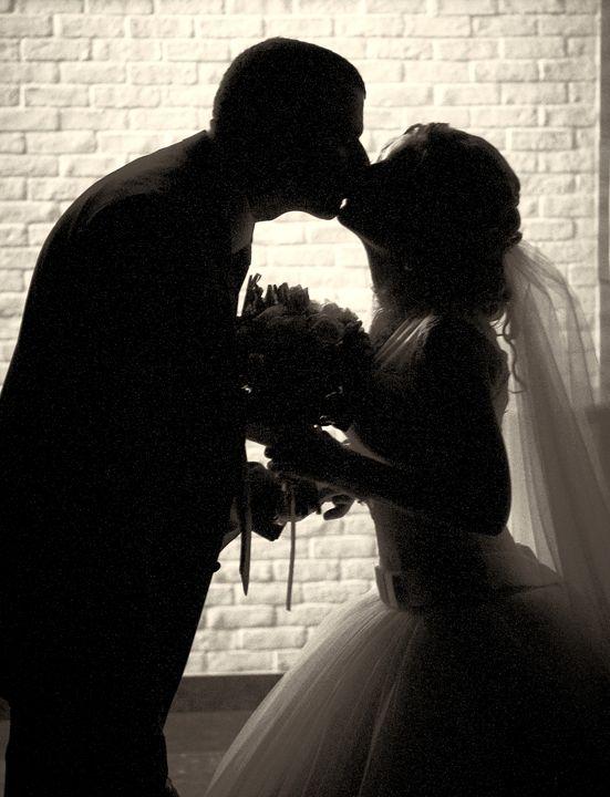 newlyweds kiss - PashaTP
