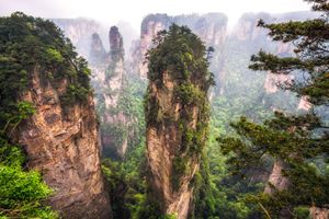 tall mountain peaks of yuanjiajie - Aaron Choi Photography