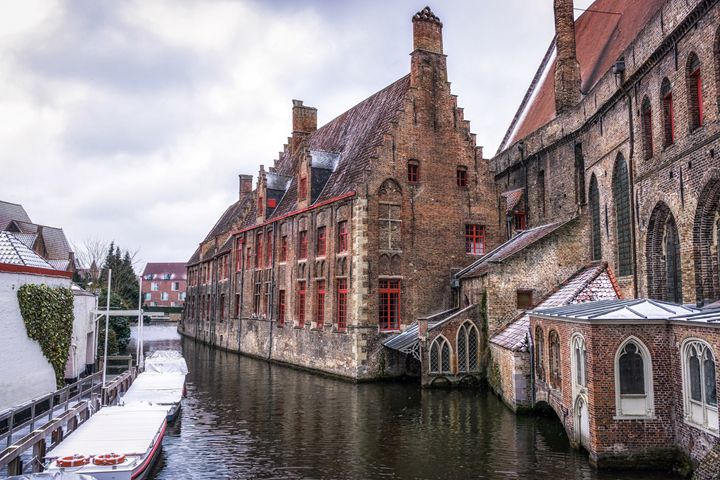 Snow Over Bruges - Aaron Choi Photography