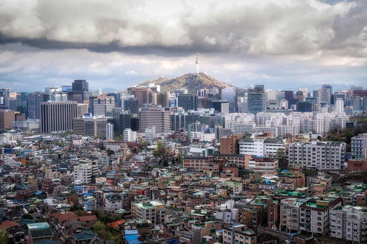 Dark sky over Seoul - Aaron Choi Photography