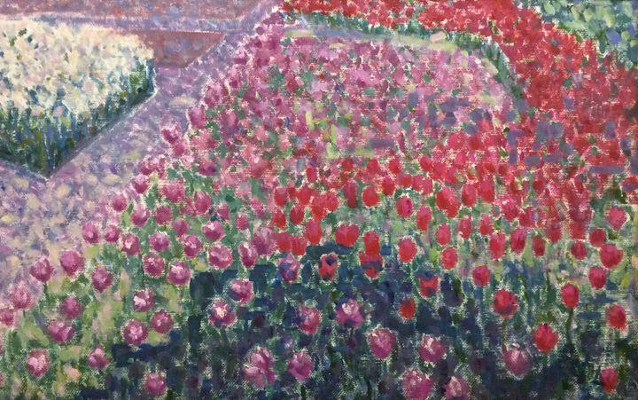 Tulips in Gorky Park - Amber