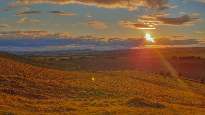 Sunset by lauraartsit68 - Lauraartist68