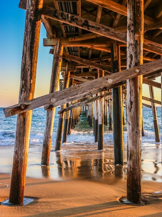 A different side of the pier - Crystal Enciso Photography
