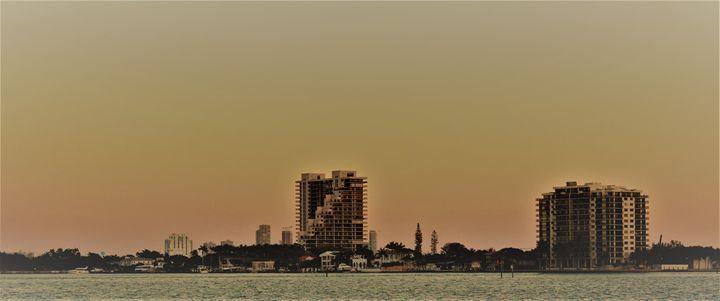 Sunset from Margaret Pace Park - Jorge Rodríguez Barrios