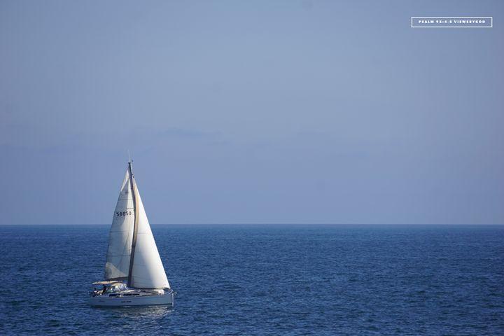 Huntington Beach Sailboat - viewsbygod