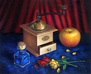 Coffee Grinder, Apple, Blue Pigment