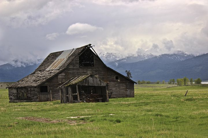 Barn of McCall - M. Nanna Photography