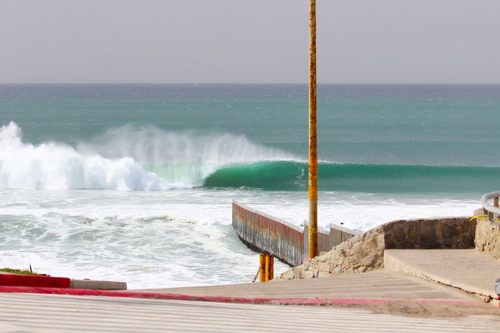 Barreling Border Left - Border Collection by JC Monje