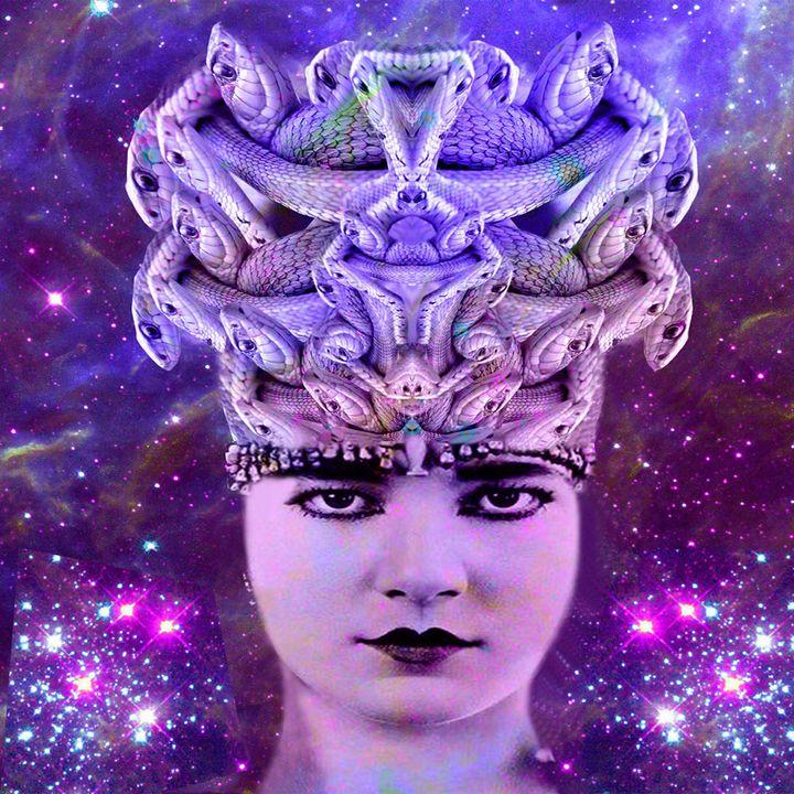 Snake Woman - ICARUSISMART