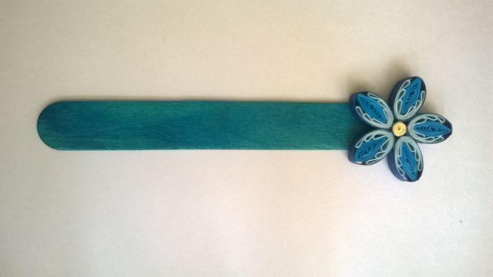 Blue Quilling Paper Bookmark - Albcraft