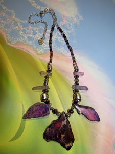 Deep Purple Nights stone necklace