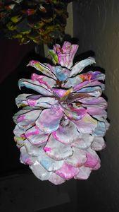 Acrylic marbled pinecone - Buniquelyou