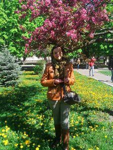 Katya & flowers
