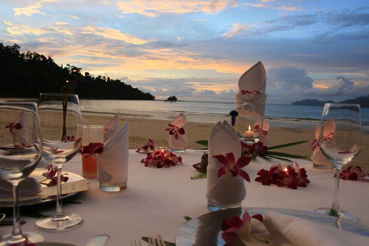 Romantic Beach Dinner - The Bear