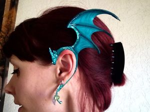 Green dragon ear cuff