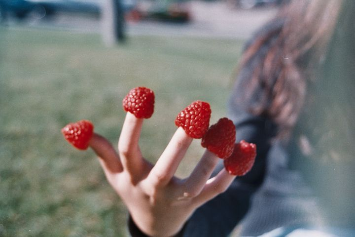 Berry Fingers - autumnfingers/Trang Nguyen Q