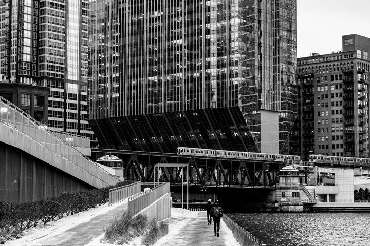 150 N Riverside Train at Riverwalk - Dan Dunn | DRD.images