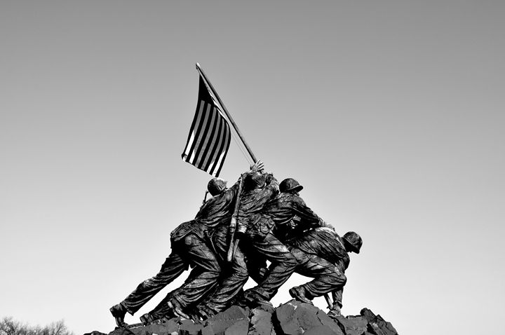 Iwo Jima Memorial II B&W - Lubit Arts