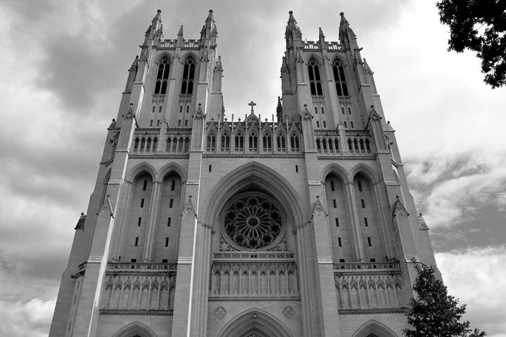 National Cathedral I B&W - Lubit Arts