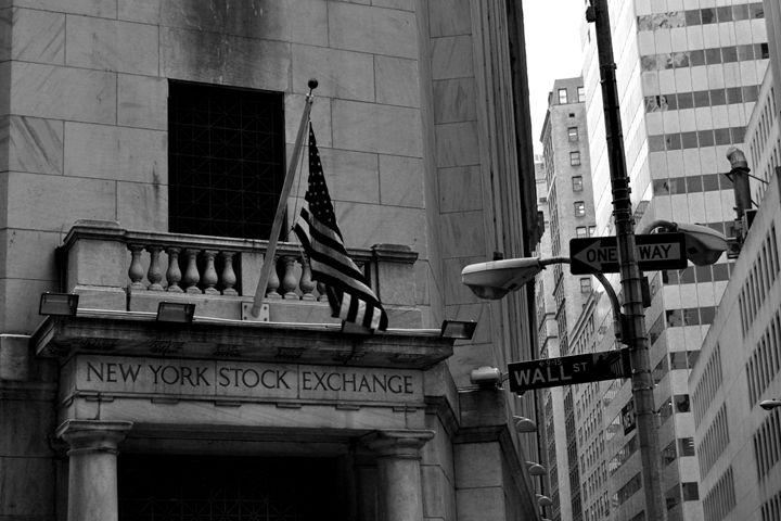 Wall Street B&W - Lubit Arts