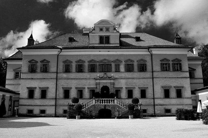 Schloss Hellbrunn B&W - Lubit Arts