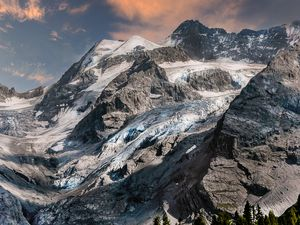 Glacier on the Stelvio Pass.