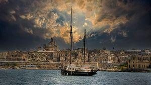 Skies Opening Valetta Harbour Malta