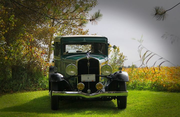 1932 Frontenac 6-70 Sedan - DC Photography