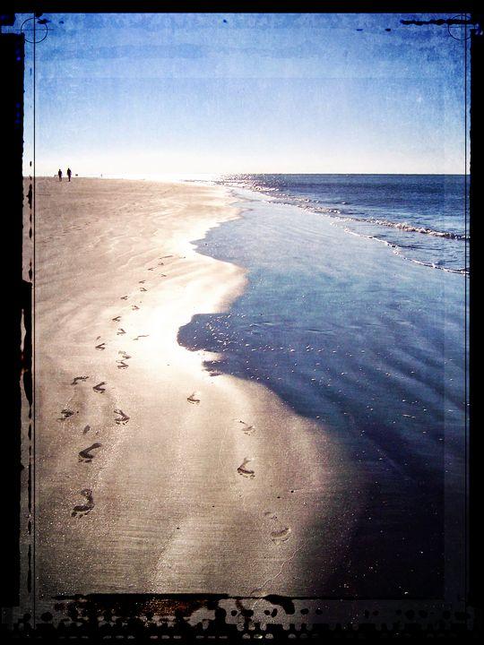 Footprints In The Sand - Perkins Designs