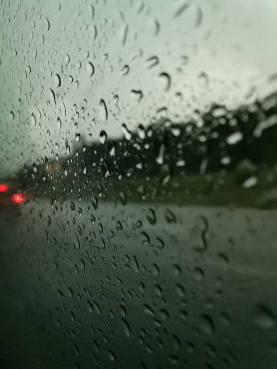 Rain drops and back red light - #bymohenski
