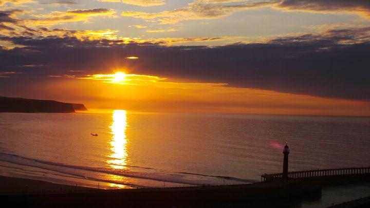 Whitby Bay Sunset - Through the lens