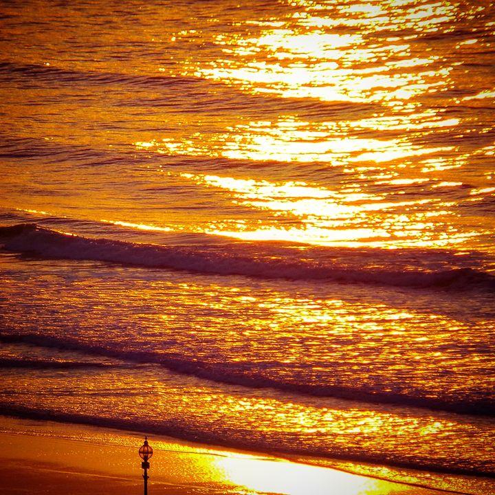 Sea Sunset - Through the lens