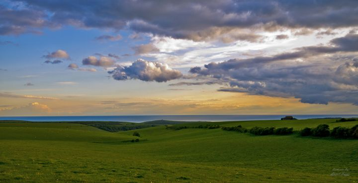 Sunset on the top of Beachy Head - Lionel Fraser, Pictures of Eastbourne, England