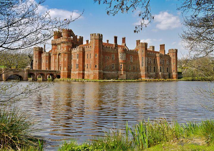Herstmonceux Castle - Lionel Fraser, Pictures of Eastbourne, England