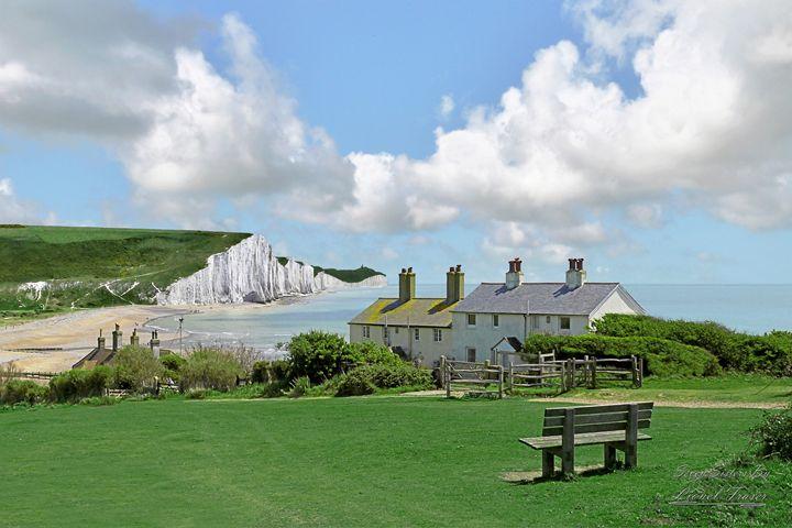 Seven Sisters Coast Guard Cottages - Lionel Fraser, Pictures of Eastbourne, England