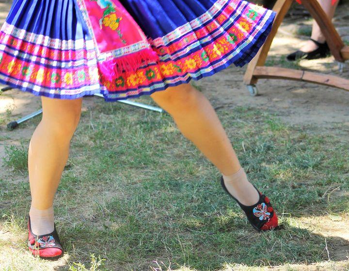 dancing feet - Yankee Dervish