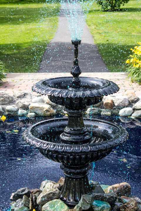 Fountain - Leader Photography