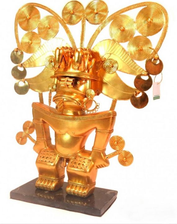 Exquisite Pre-Colombian in Gold - PilillaStand