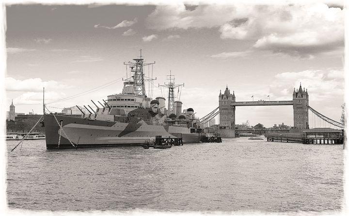 HMS Belfast - David Hughes