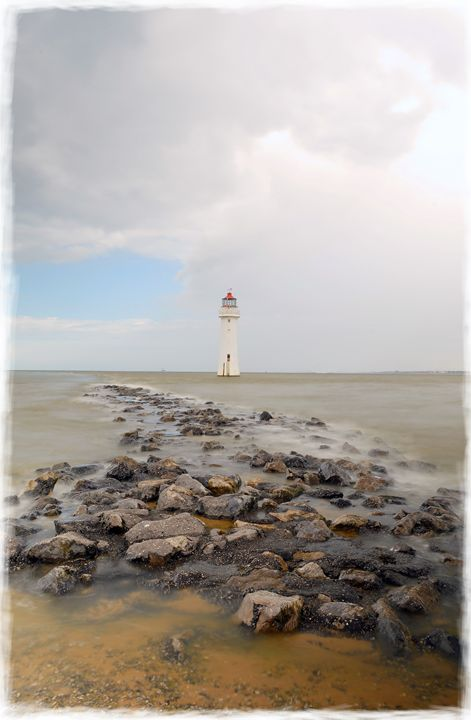 Incoming Tide at Perch Rock - David Hughes