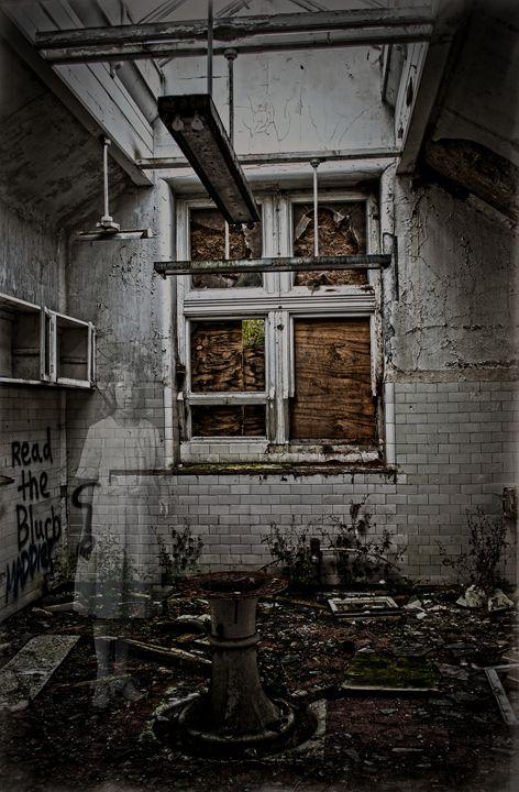 The Apparition - David Hughes