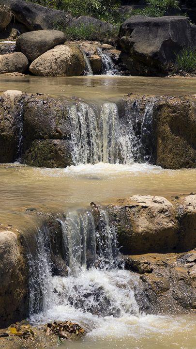 Small cascade on the creek in the ju - Dobrydnev