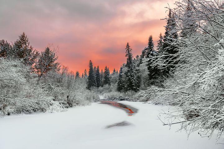 Evening sky over a frozen river - Dobrydnev