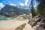 Lake louise walking trails