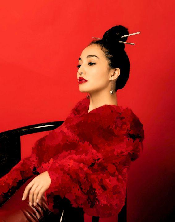 Lady in Red - Lovelystartati