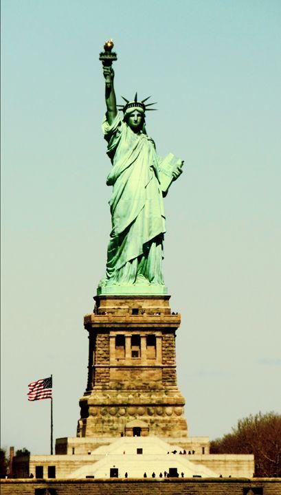 Statue of Liberty - Simone