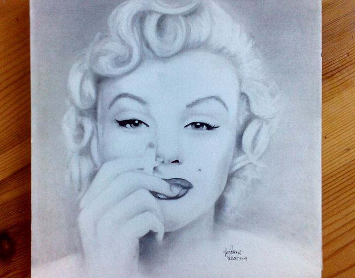 Marilyn Monroe Graphite Drawing - Jennifer Wright Art