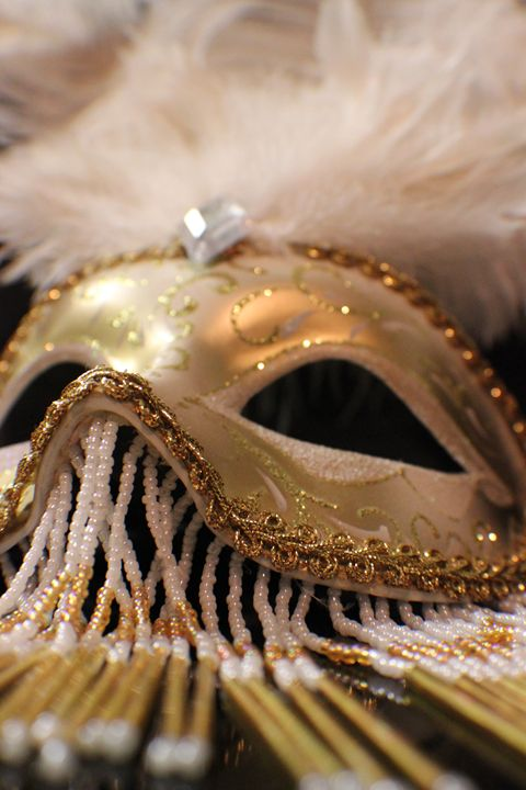 The Golden Mask - Kayla Mosley