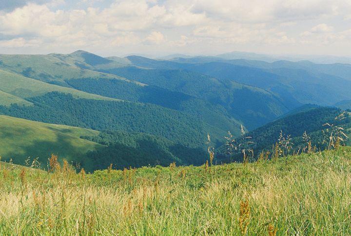 range of mountains - Anton Popov