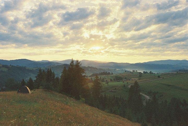 Sunrise in Carpathian mountains 2 - Anton Popov